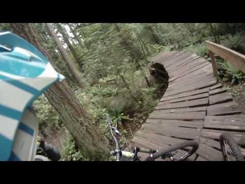 Duthie Hill mountain bike Park Ryans Etenral Flow 2013