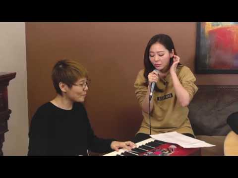 """Bop your head to Jane Zhang's acoustic version of """"Dust My Shoulders Off""""!"""