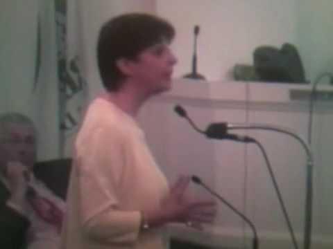 Jackie Kates addresses the Council