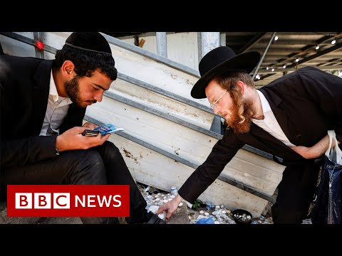 Day of mourning after dozens killed at Jewish festival in Israel - BBC News