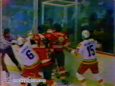 Jack McIlhargey vs Lanny McDonald Feb 19, 1980