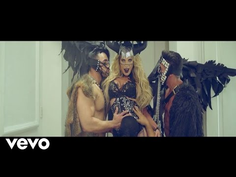 LORENA HERRERA - FREAK ft. La Prohibida (Video Oficial)