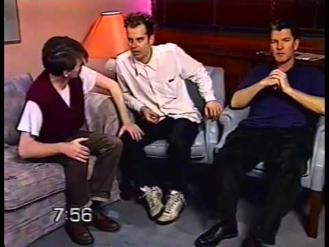 Crowded House - Woodface Interview
