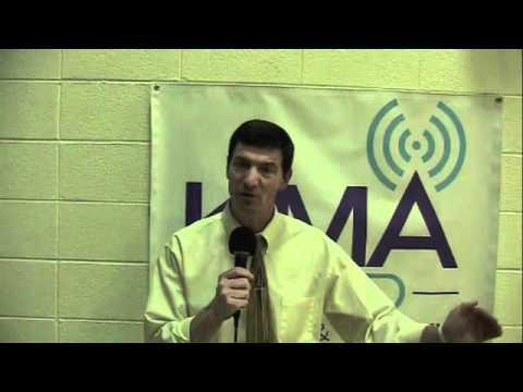 KMA Sports: Lenox boys basketball defeats Bedford - YouTube