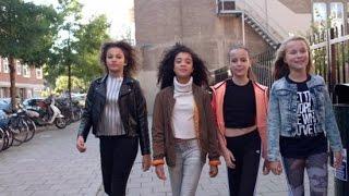 Nederlandse meisjes dansen bij Justin Bieber
