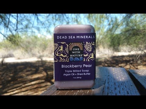 One with nature Dead Sea minerals blackberry pear bar soap review