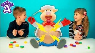 Видео для детей играем в игру Поросенок Поваренок. Pop the Pig Kids Game Toys & Games.Video for kids