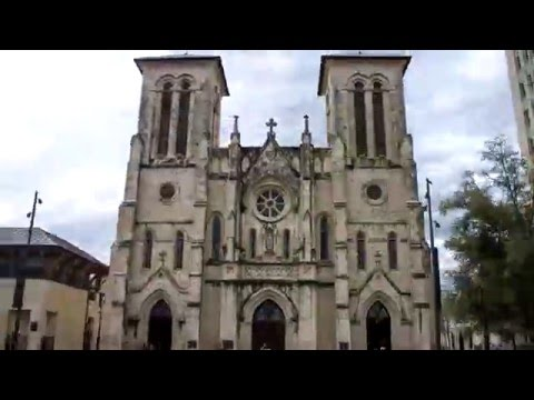San Fernando Cathedral and Courthouse Hyperlapse
