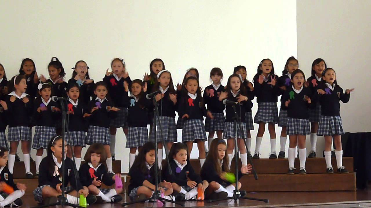Clausura pre escolar gimnasio femenino 2013 youtube for Gimnasio femenino