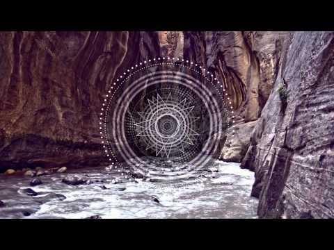 Hyenah - Soak It Feat. Nonku (Andre Lodemann Remix)