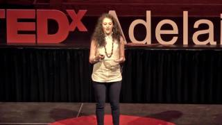 Video Kintsukuroi: finding beauty in a broken world | Maddie Kelly | TEDxAdelaide download MP3, 3GP, MP4, WEBM, AVI, FLV Agustus 2017