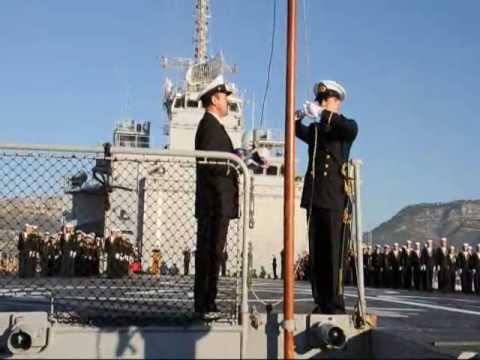 Transfert de pavillon du TCD Foudre à la marine chilienne.