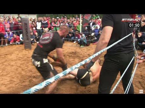 MAN snatched victory from MMA Fighter !!