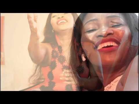Fikile Mlomo - UJesu Uyangenelela