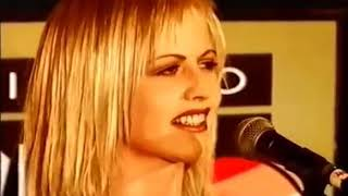 The Cranberries - I'm Still Remembering (Live)