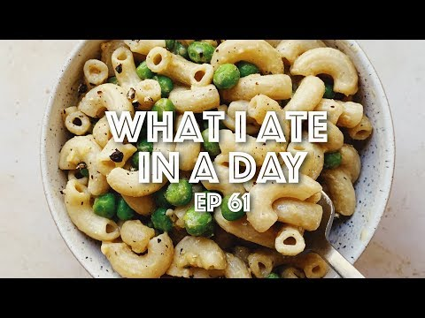 What I Ate In A Day (Vegan) // Easy Meals & Drinks // EP #61 // Lauren In Real Life from YouTube · Duration:  15 minutes 41 seconds