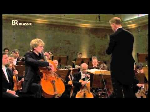 Dvorak Cello Concerto mvt 1 (2nd part)- Julian Steckel