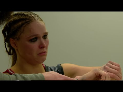 Ronda Rousey Looks Back On Breaking Her Hand Against Becky Lynch