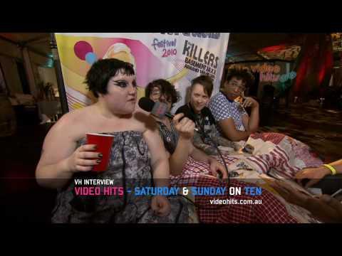 Video Hits Interviews Gossip - Good Vibrations Festival 2010