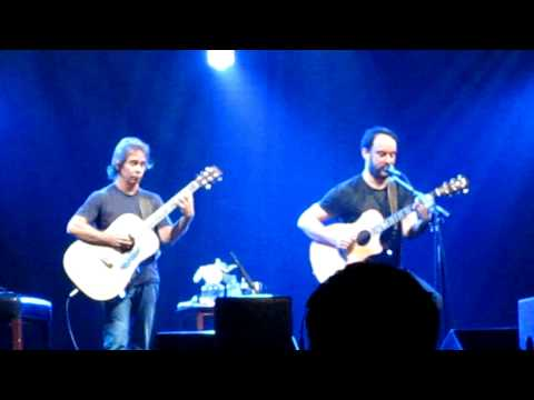 Dave Matthews, Tim Reynolds perform Christmas Song at McCaw Hall, Seattle, December 7th, 2010