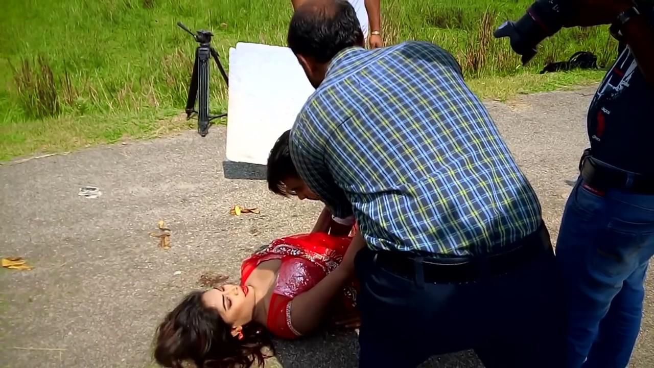 Download reshmi alon new video music shoting