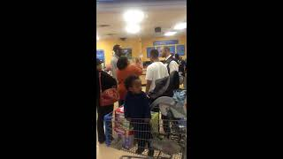 Fight in walmart!! Meanwhile.... LMAFO!!
