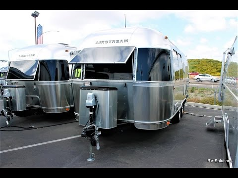 NEW 2017 Airstream Flying Cloud 19 FC - RV Solutions
