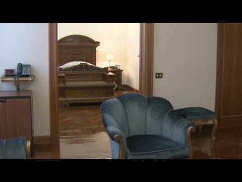 Pope takes small apartment over residence