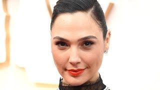 video: WATCH: Gal Gadot, Natalie Portman, Zoe Kravitz and others sing 'Imagine' to lift spirits during coronavirus fight