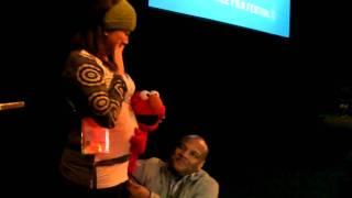 Elmo Makes A Pregnant Woman's Day