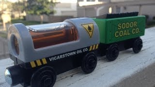 2013 Thomas The Tank Engine Wooden Toy Railway - Oil & Coal Cargo 2 Pack - Fisher Price Train Review