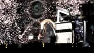 Madonna falls - Lisbon 14.9.08
