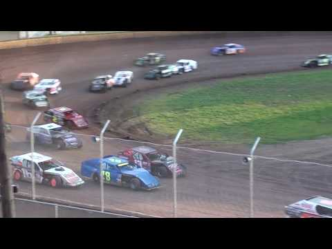 Midwest Modified Feature at Cedar Lake Speedway 06/09/2018
