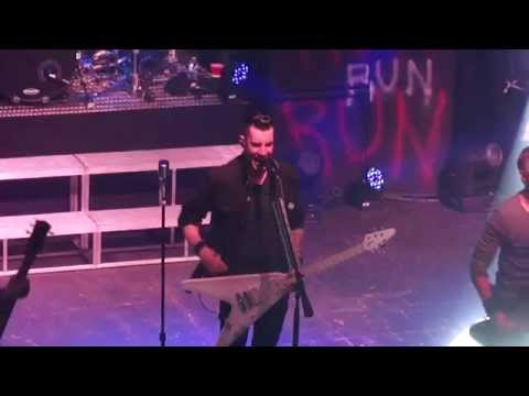 Theory of a Deadman - So Happy (Opening) (Live in mp3