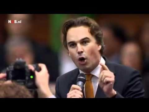 Camiel Eurlings salueert schreeuwt steunt Maxime Verhagen op het CDA congres 2010