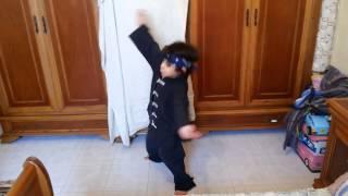 Momo Bruce Lee