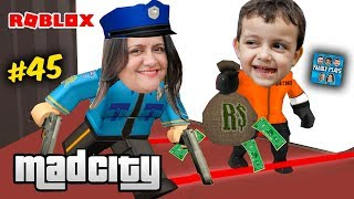 Roblox Rodrigo prisoner fleeing from police mother Family!! (Mad City 2) Family Plays