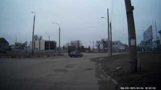 Круг. Проспект. Видеорегистратор Aspiring GT-11. Видео Мелитополь.(, 2015-01-26T19:31:41.000Z)