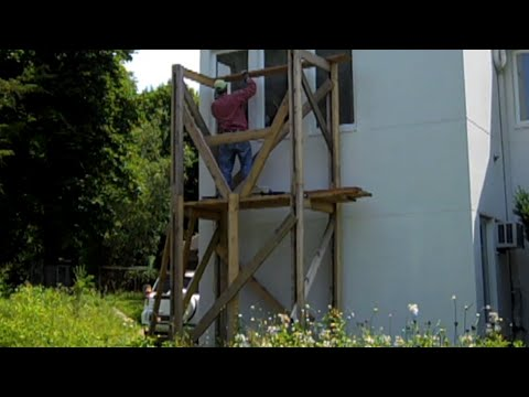 Building a free-standing scaffold