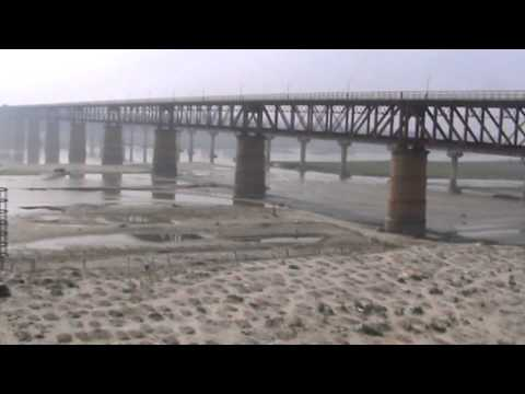 Crossing the Mighty Ganga On-Board Lucknow-Allahabad/Vindhyachal Intercity Express!