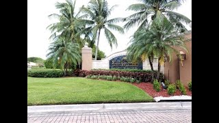 St. Andrews in Tamarac, FL.  Condo for sale at 8040 Nob Hill Rd 306