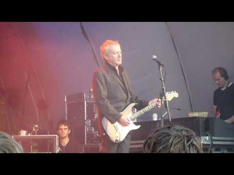 Gang of Four - Cheeseburger (Live in Malmö, 08/20/09)
