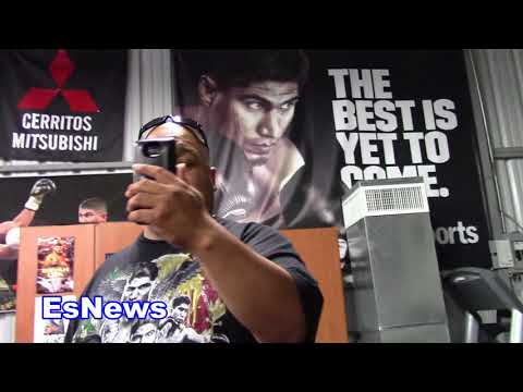 ROBERT GARCIA GOES IN ON BRENAN FOR EATING A FRENCH FRY Es Boxing