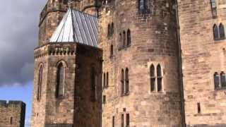 alnwick castle hogwarts harry potter castle in northumberland england