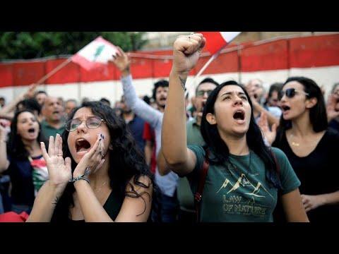 شاهد: تشييع مواطن لبناني قتل في مظاهرات مستمرة في البلاد ضد الطبقة الحاكمة…  - 18:00-2019 / 11 / 14