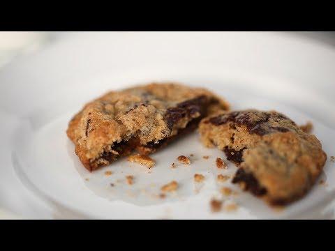 Chocolate Chunk Banana Cookies- Everyday Food with Sarah Carey