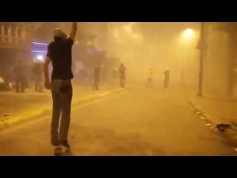 [Istanbul Riots] Protesters Defy Asphyxiating Gas Hell! (Tear Gas Ole)