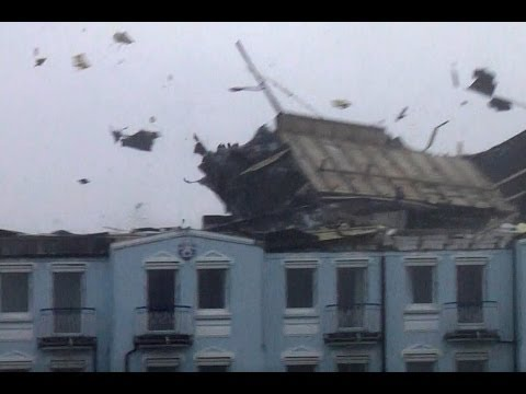 Extreme Windstorm Lifts Roof - Germany - October 28, 2013