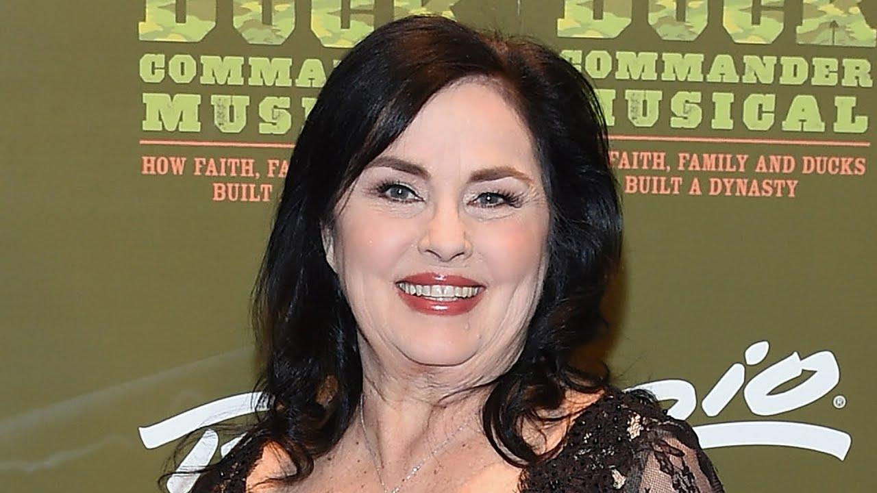 Duck Dynasty's Miss Kay Robertson Needs Prayers + Time 🙏