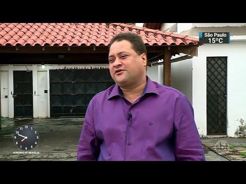 Criminosos invadem casa de vereador e fazem filho refém no RJ | SBT Brasil (04/06/18)